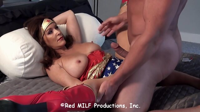 big tits Horny Wonder Woman is determined to fuck a muscled guy, even though he might be a villain brunette