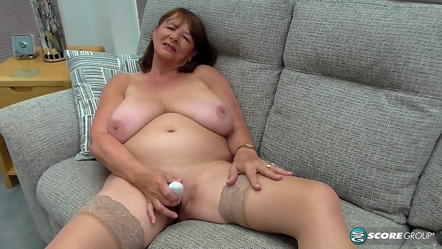big tits PornMegaLoad - Jilly Smith brunette